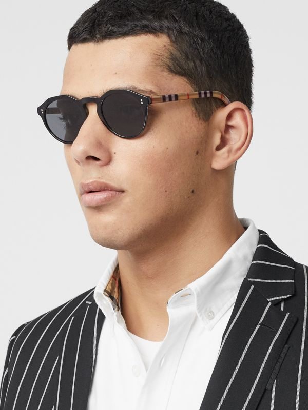 Vintage Check Detail Round Frame Sunglasses in Black/beige - Men | Burberry Hong Kong S.A.R - cell image 3
