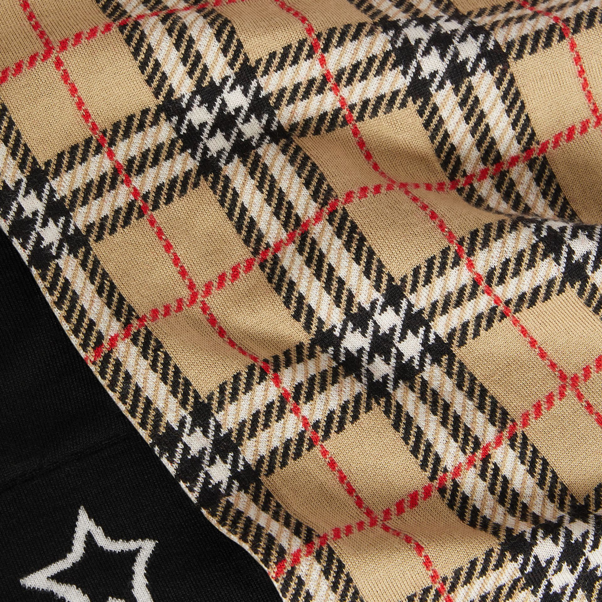 Star Detail Check Merino Wool Jacquard Scarf in Archive Beige - Children | Burberry - gallery image 1