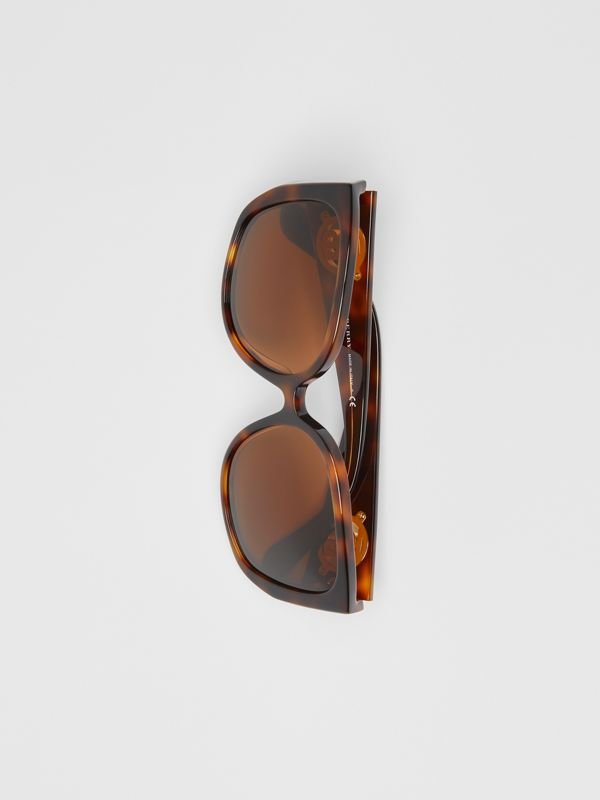 Monogram Detail Round Frame Sunglasses in Tortoise Shell - Women | Burberry - cell image 2