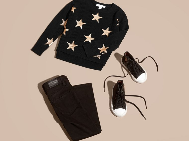 Black Star Print Textured Check Cashmere Sweater - cell image 4