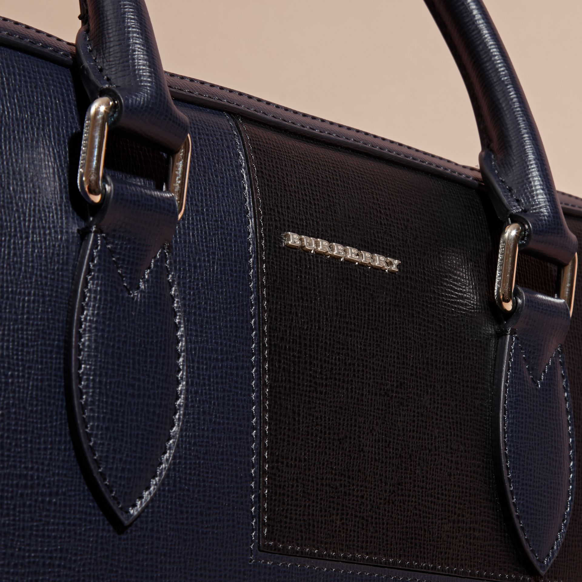 Dark navy The Slim Barrow Bag in Patchwork London Leather Dark Navy - gallery image 2