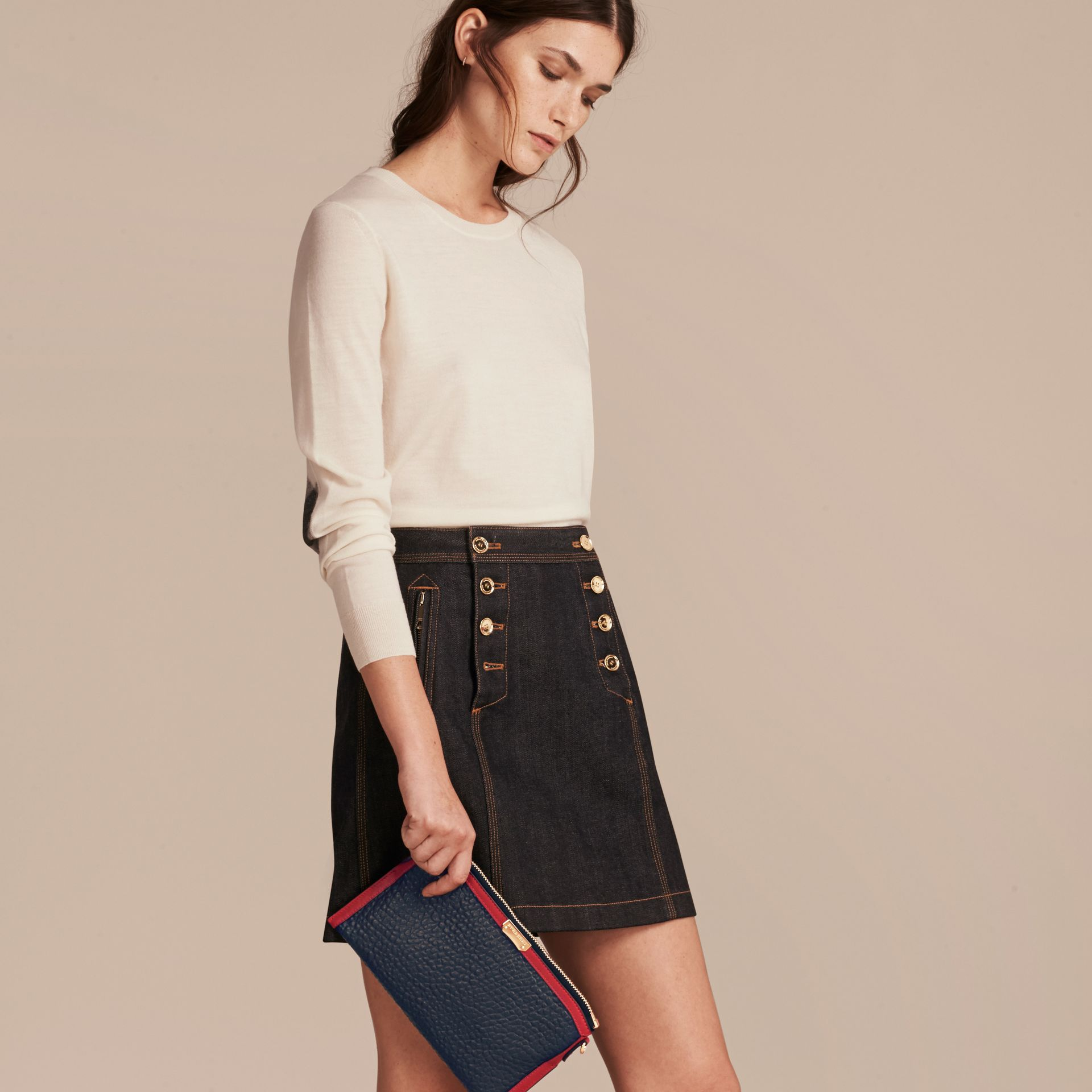 Blue crbn/parade red Contrast Border Signature Grain Leather Clutch Bag - gallery image 3