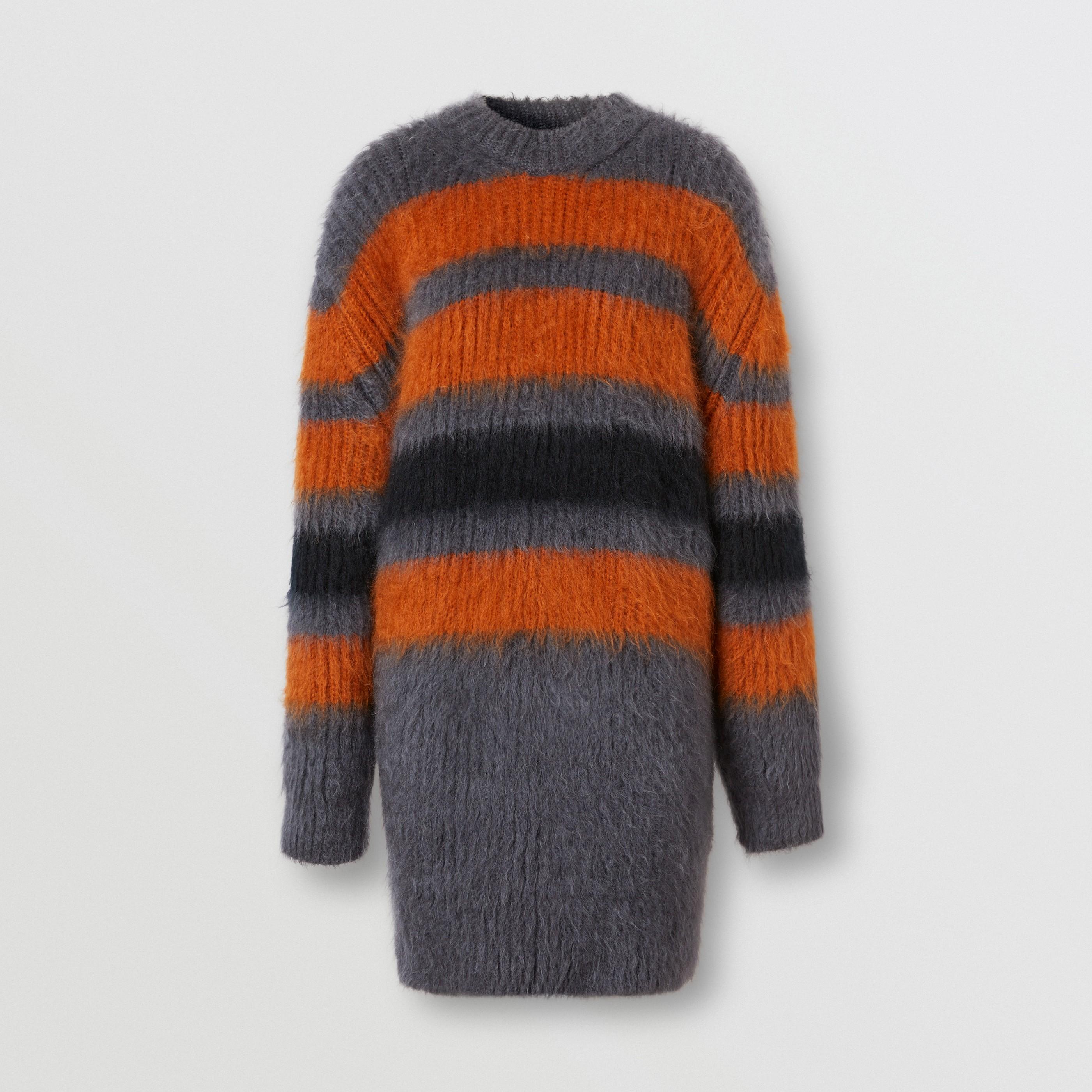 Pullover oversize in mohair e seta con motivo a righe a intarsio (Grigio Scuro Mélange) - Donna | Burberry - 4