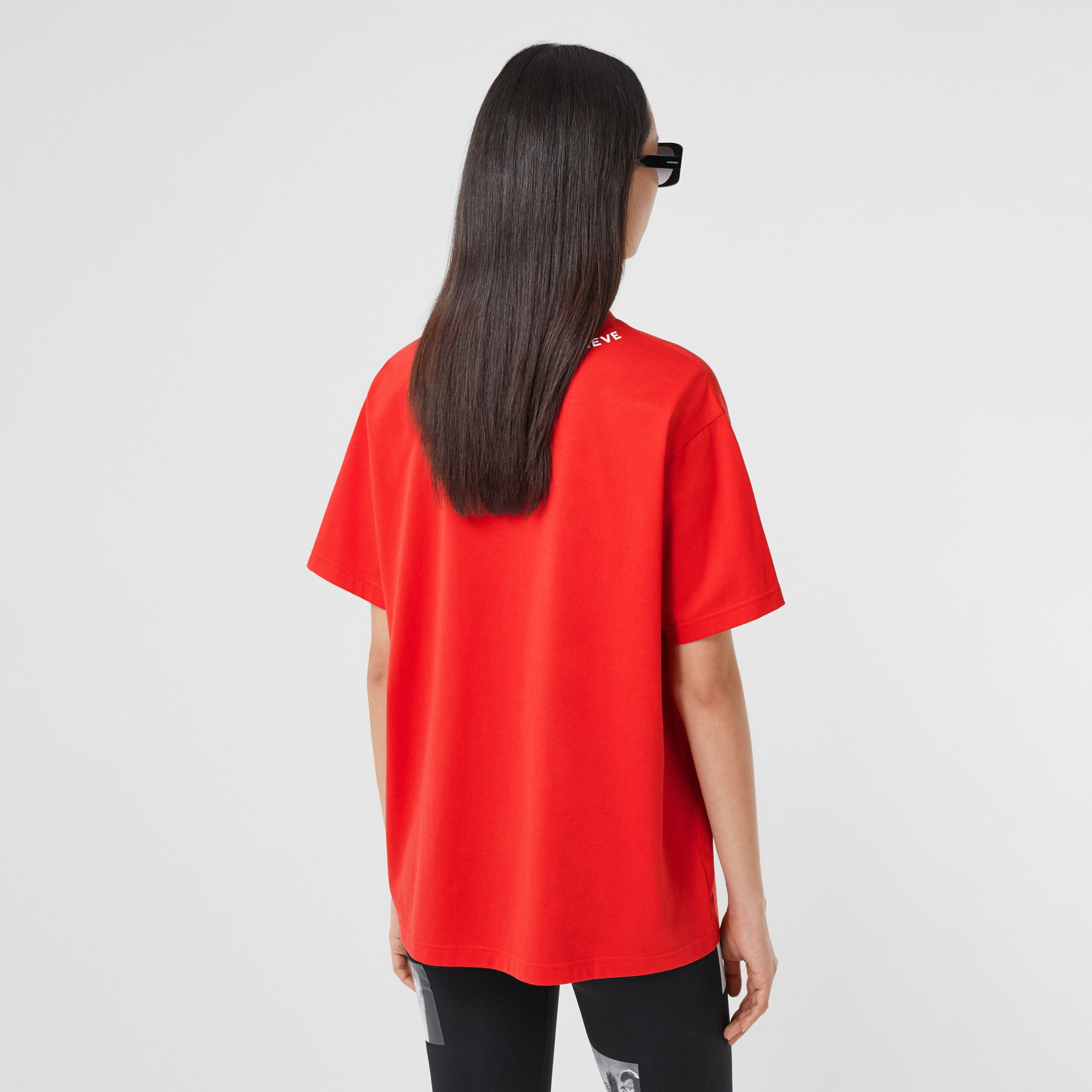 Quote Print Cotton Oversized T-shirt in Bright Red - Women | Burberry - 3