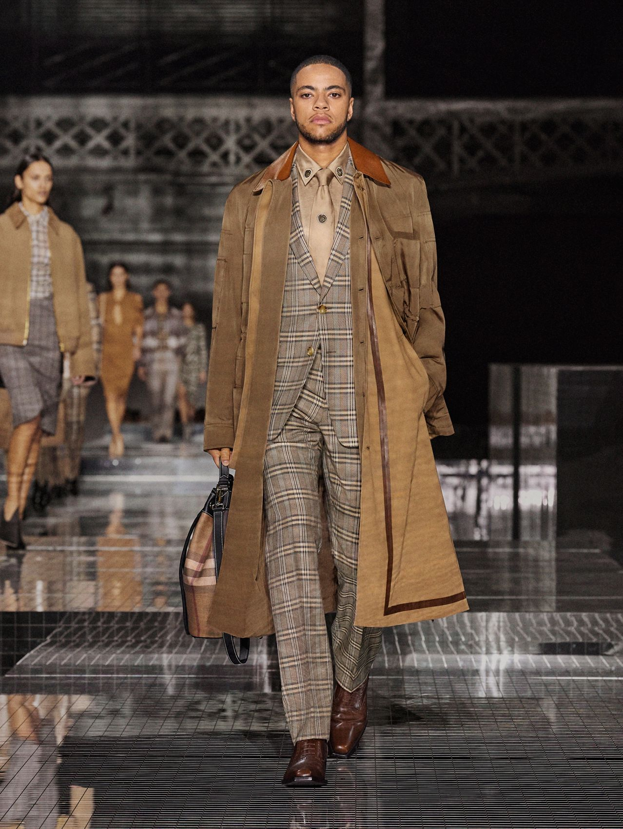 Prince of Wales Check Wool Silk Tailored Jacket in Dusty Caramel