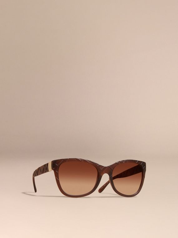 3D Check Square Frame Sunglasses Brown