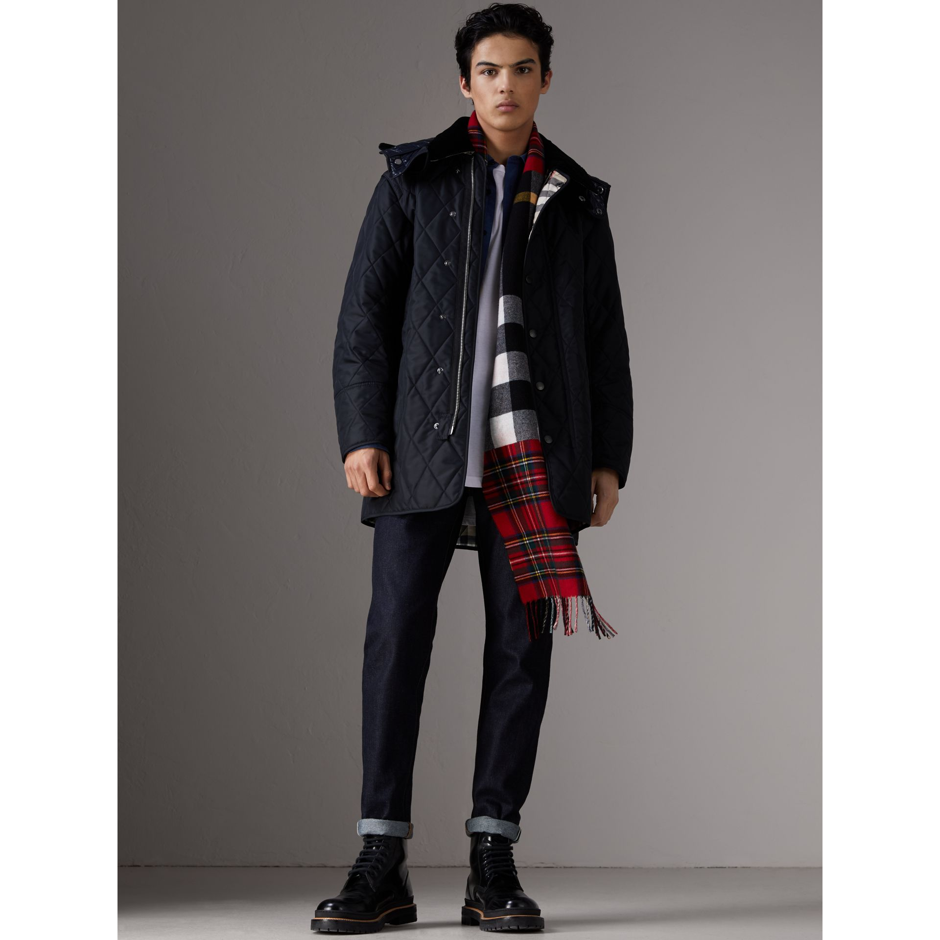 Detachable Hood Diamond Quilted Jacket in Navy - Men | Burberry Canada - gallery image 5