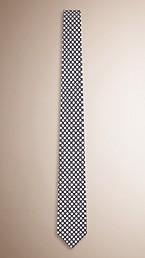 Slim Cut Polka Dot Silk Tie