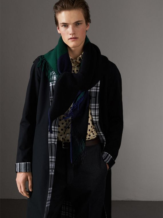 The Burberry Bandana in Striped Cashmere in Forest Green | Burberry Australia - cell image 3