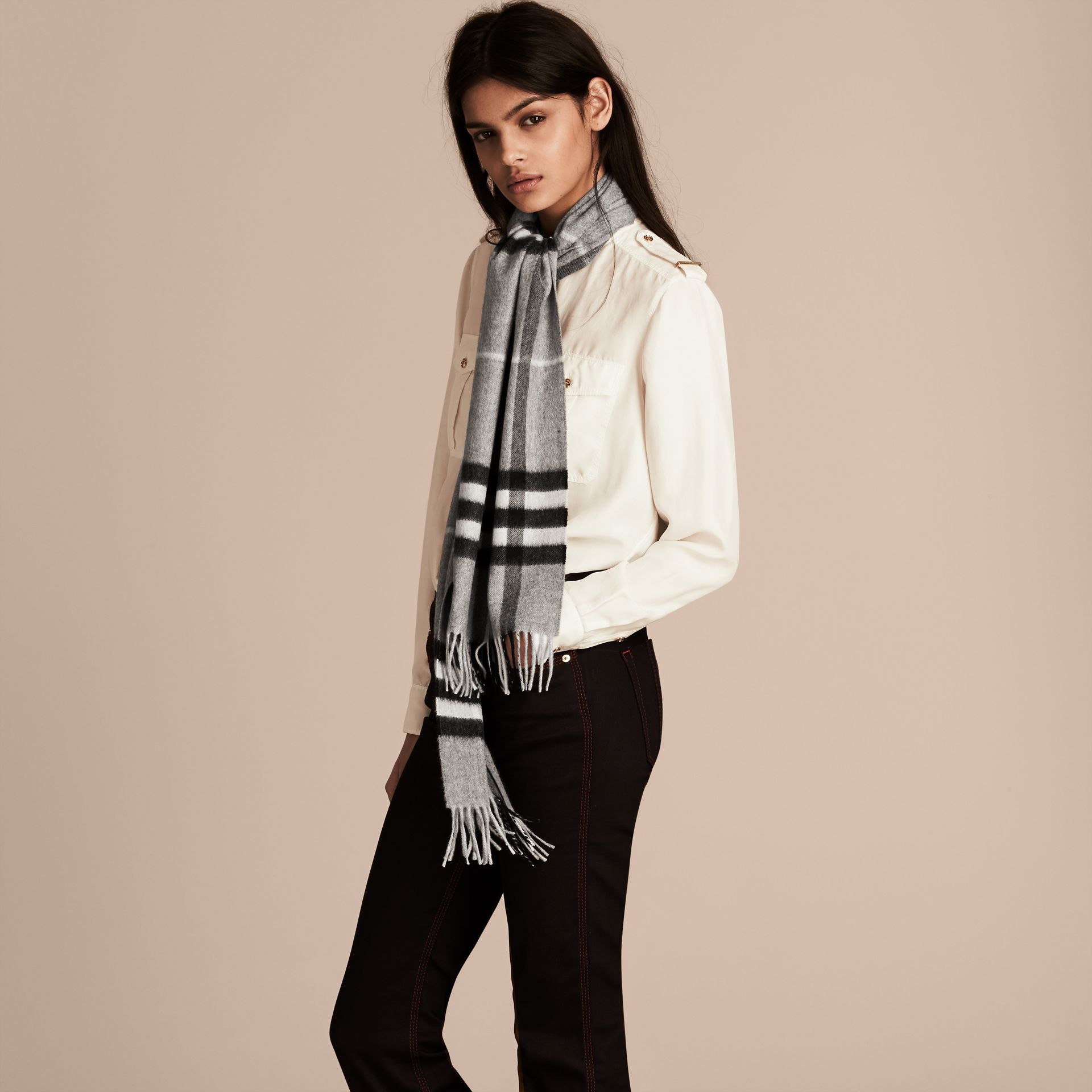 Pale grey The Classic Cashmere Scarf in Check Pale Grey - gallery image 3