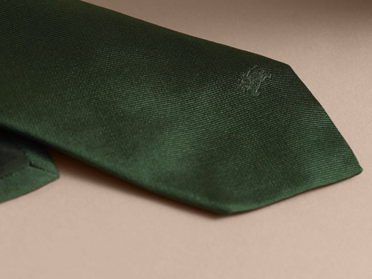 Gravata de sarja de seda com corte moderno Verde Floresta Escuro - cell image 1