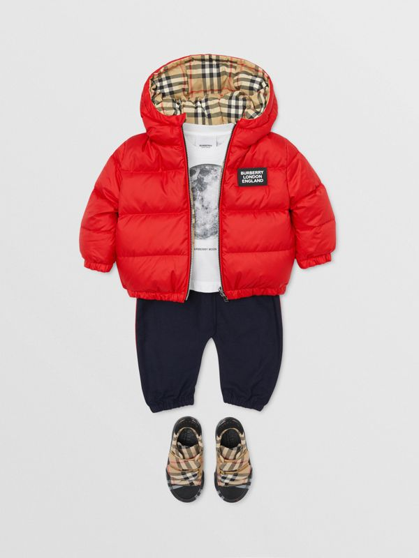Reversible Vintage Check Down-filled Puffer Jacket in Bright Red - Children | Burberry - cell image 3