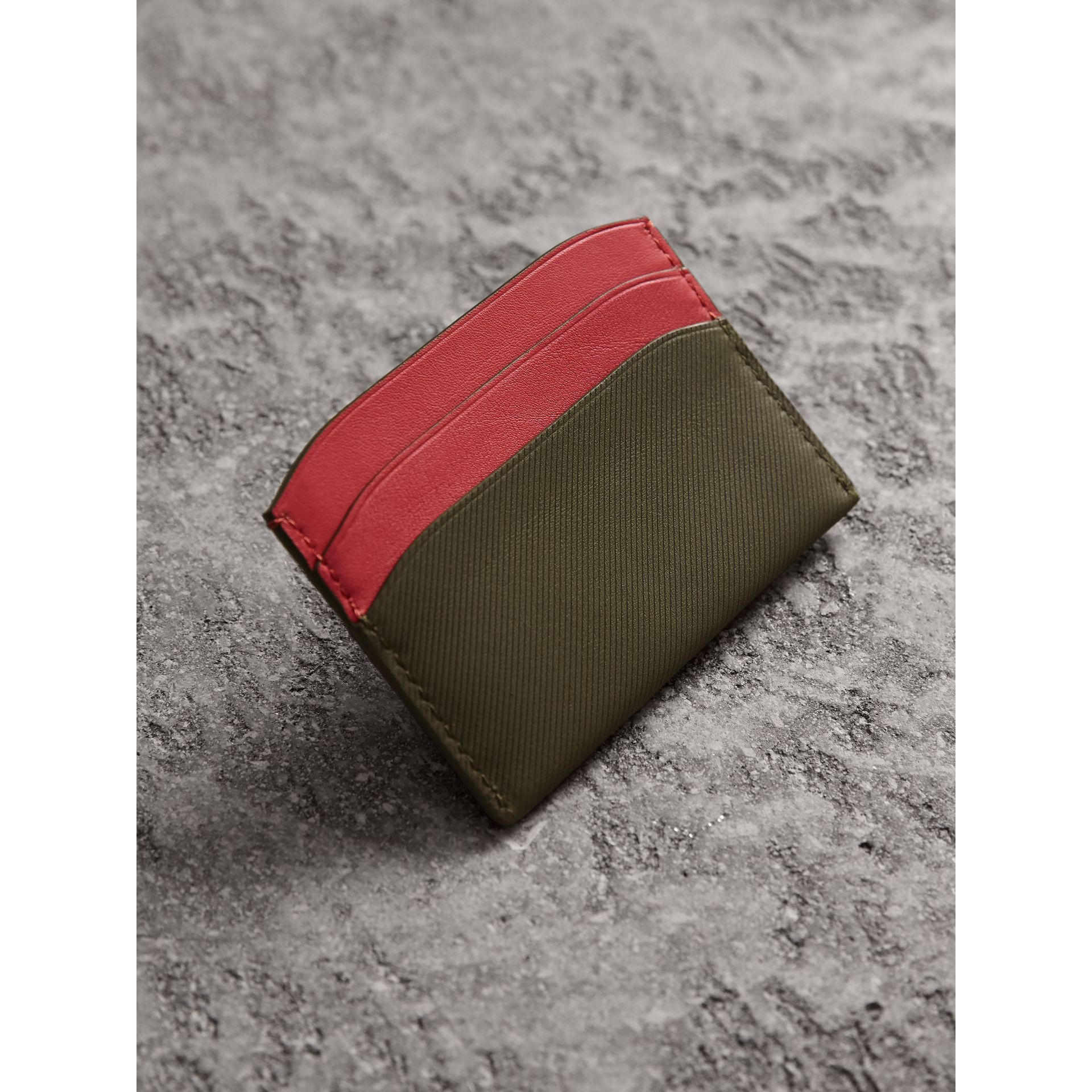 Two-tone Trench Leather Card Case in Mss Green/ Blsm Pink - Women | Burberry - gallery image 2