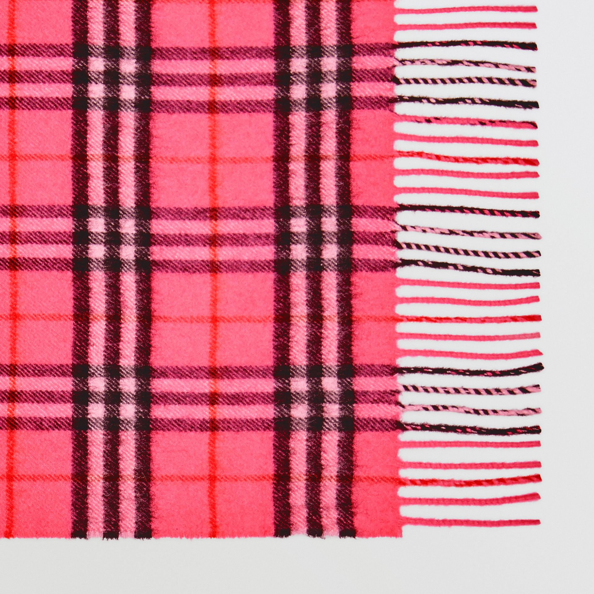 The Classic Vintage Check Cashmere Scarf in Bright Pink | Burberry United States - gallery image 1