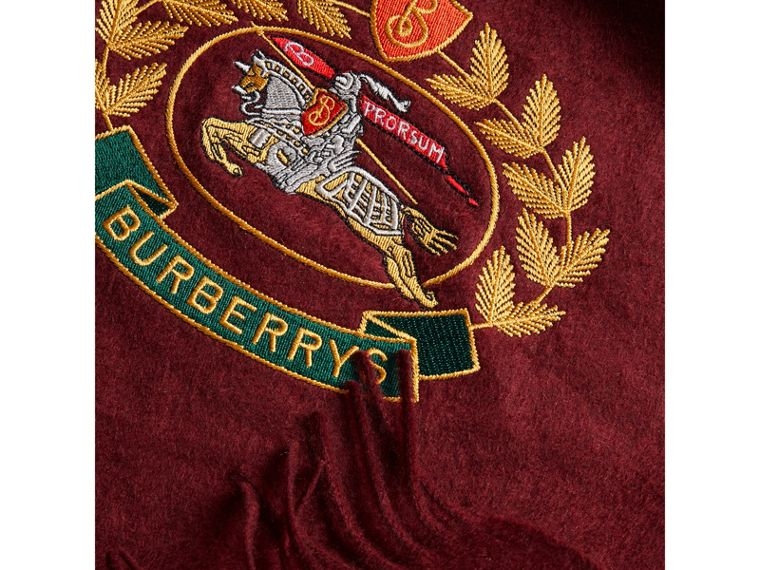 The Classic Cashmere Scarf with Archive Logo in Claret | Burberry - cell image 1