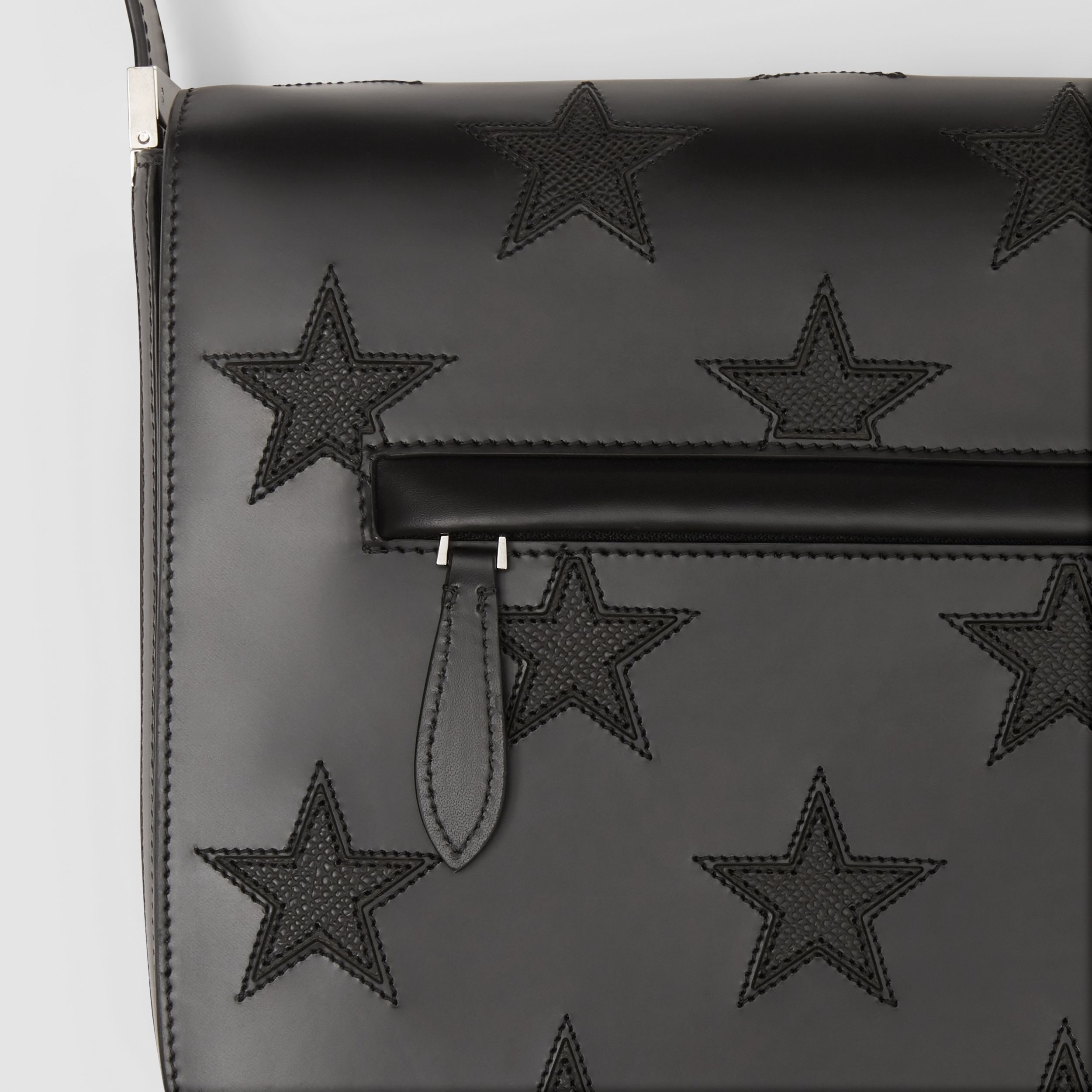 Star Motif Leather Olympia Crossbody Bag in Black | Burberry United Kingdom - 2