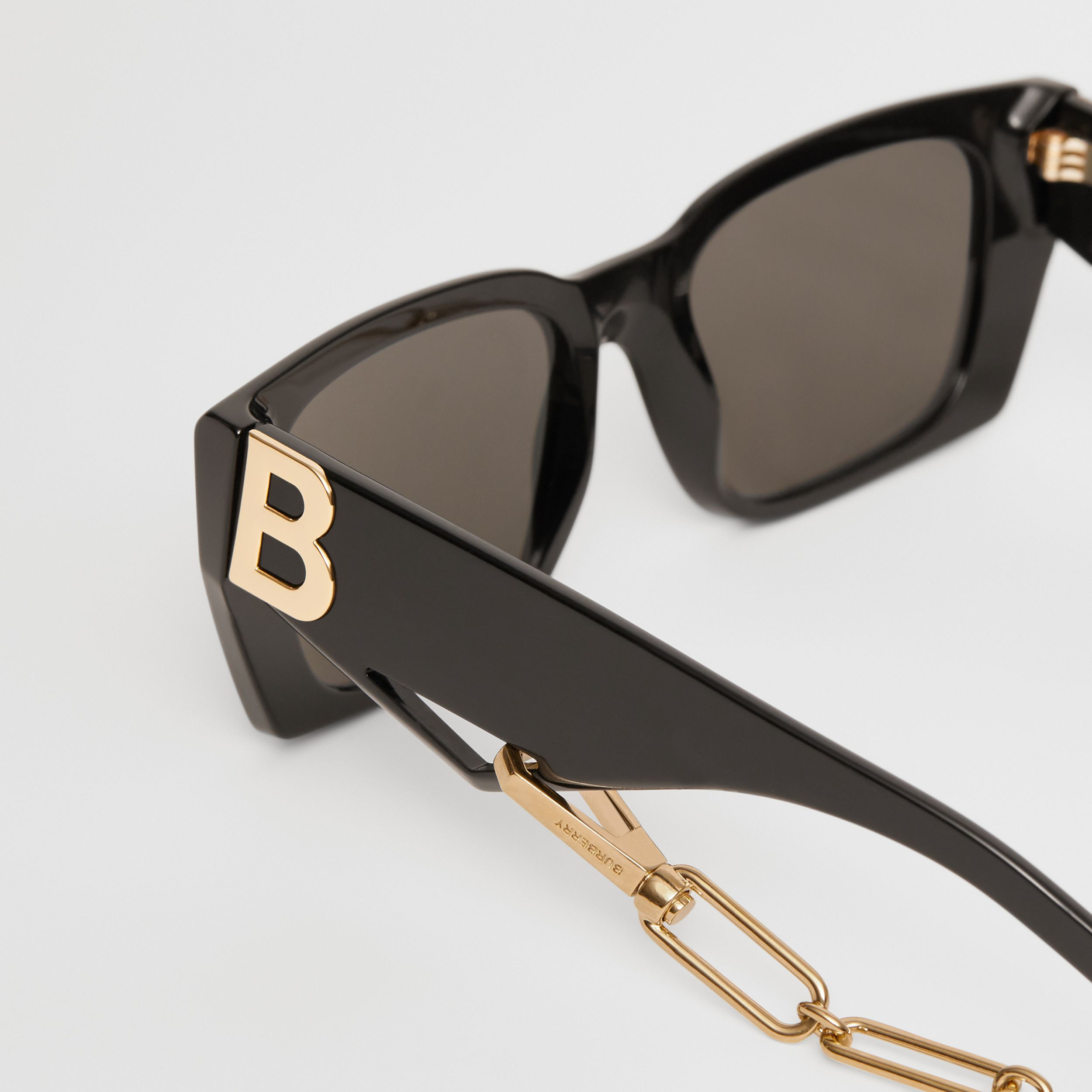 B Motif Rectangular Frame Sunglasses with Chain in Black - Women | Burberry - 2