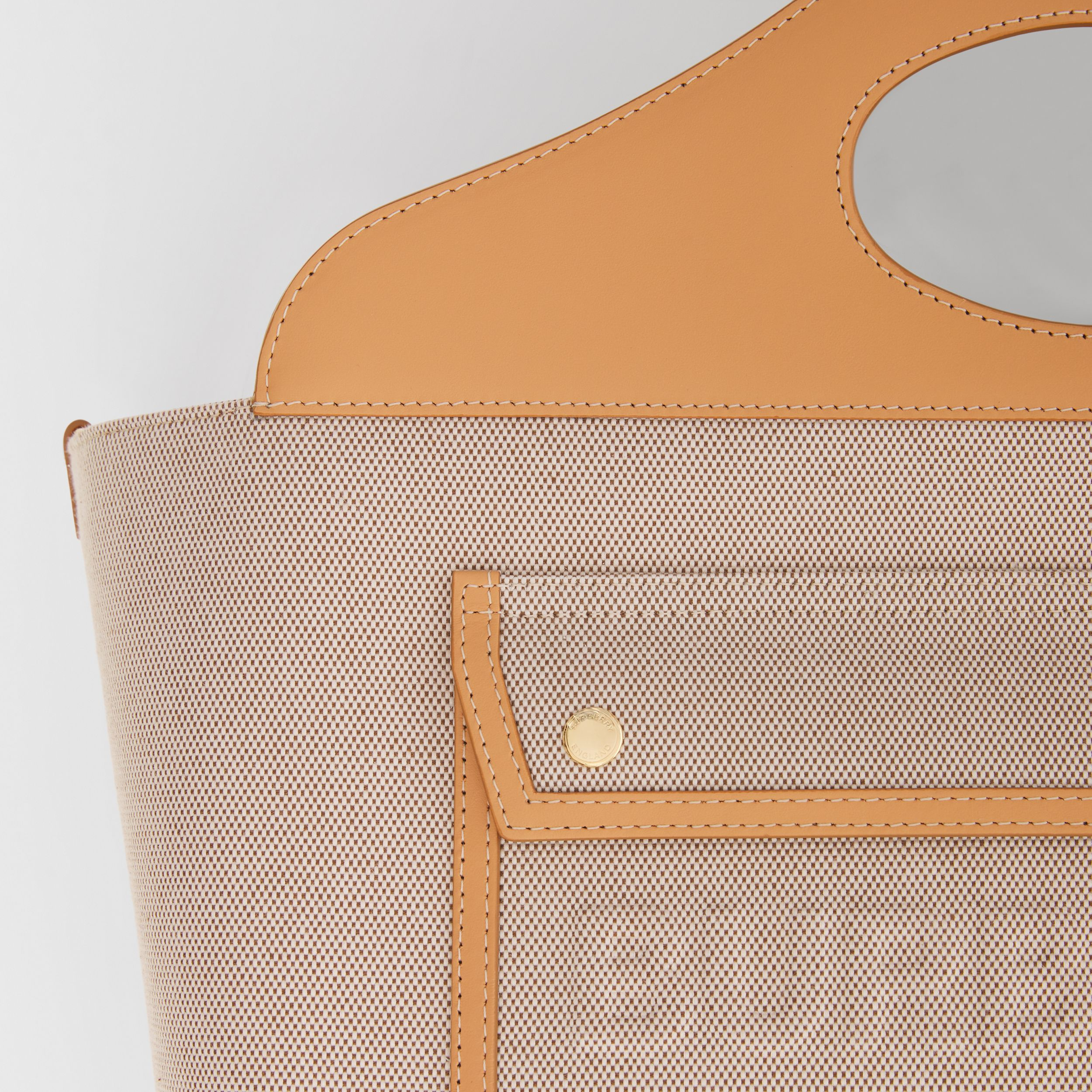 Medium Cotton Canvas and Leather Soft Pocket Tote in Fawn/warm Sand - Women | Burberry United Kingdom - 2