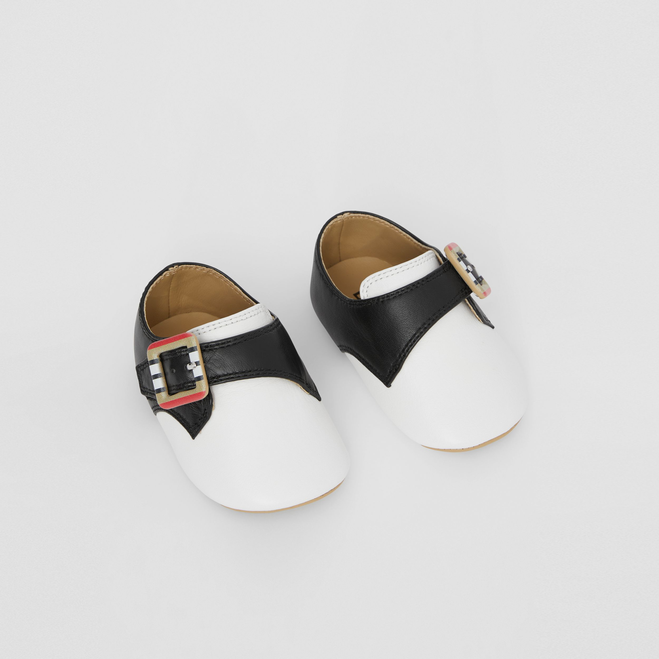 Icon Stripe Buckle Two-tone Leather Shoes in Optic White/black - Children | Burberry Hong Kong S.A.R. - 1