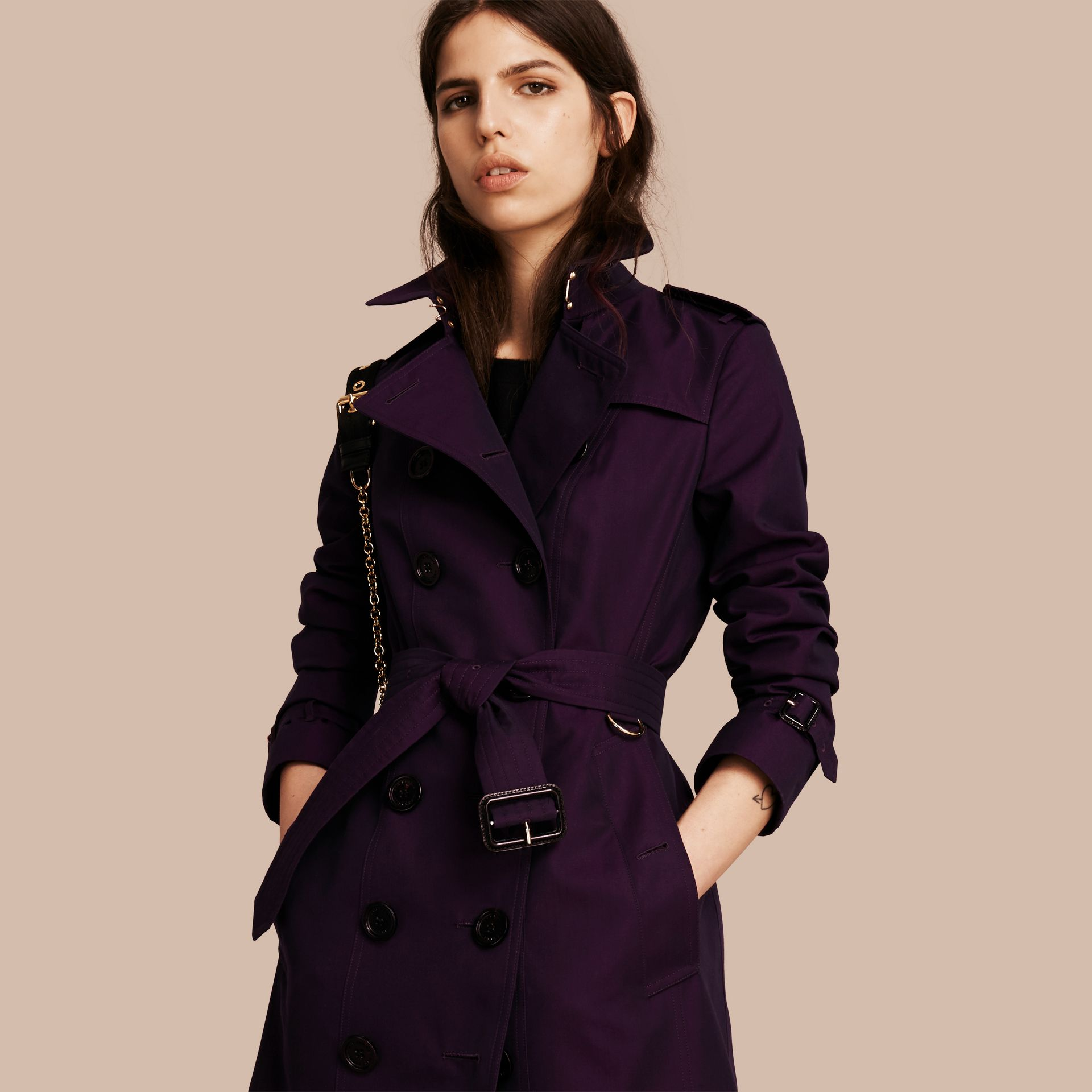 Dark purple Cotton Gabardine Trench Coat Dark Purple - immagine della galleria 1