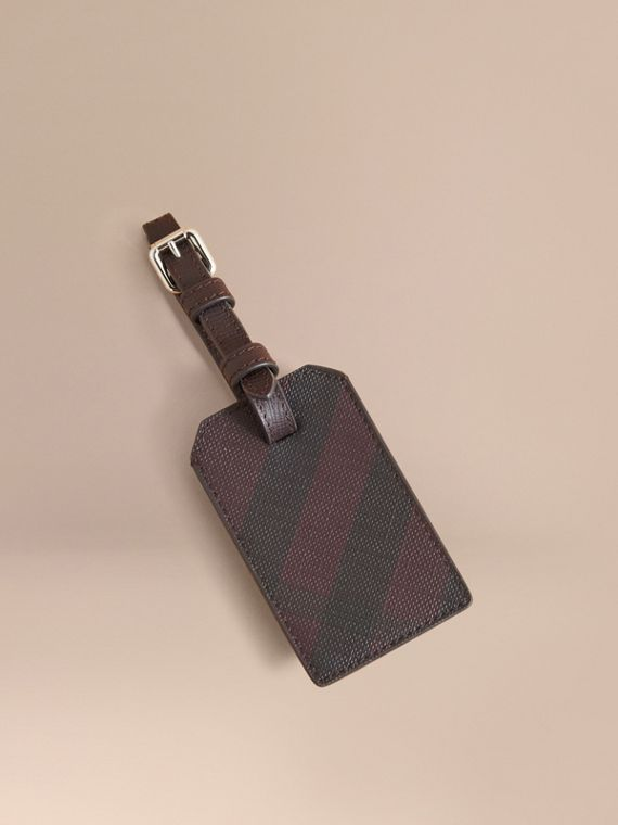 London Check Luggage Tag in Deep Claret - Men | Burberry