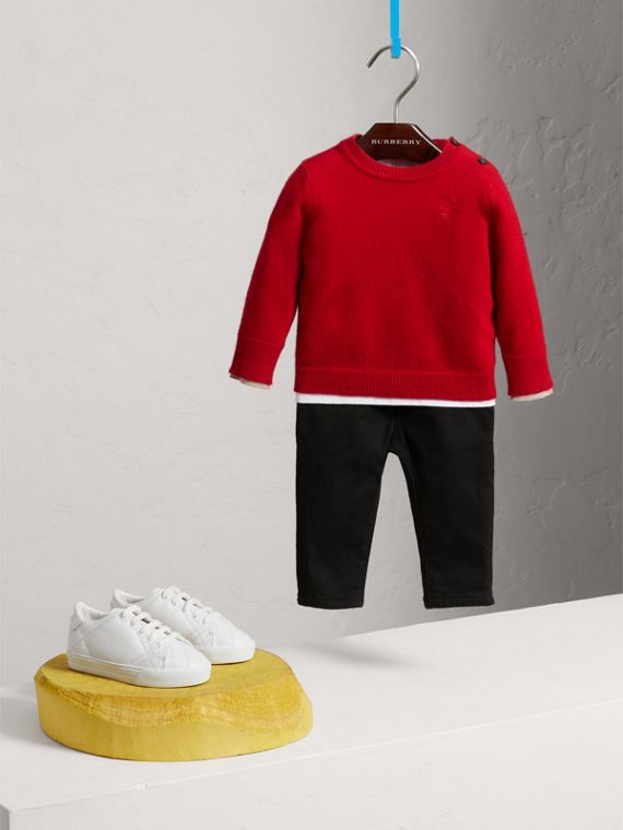 Check Detail Cashmere Sweater in Parade Red | Burberry - cell image 2