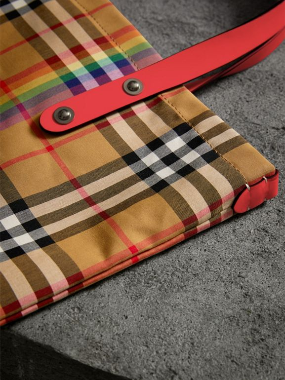 Large Rainbow Vintage Check Shopper in Bright Peony | Burberry United Kingdom - cell image 1