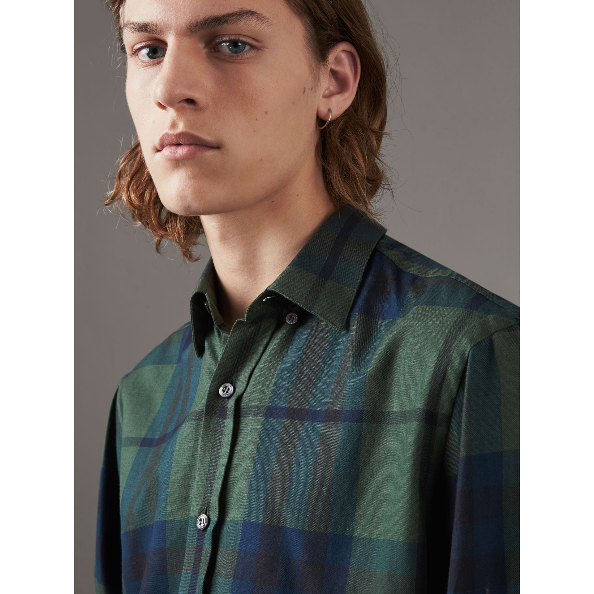 Check Cotton Cashmere Flannel Shirt in Forest Green - Men | Burberry - gallery image 2