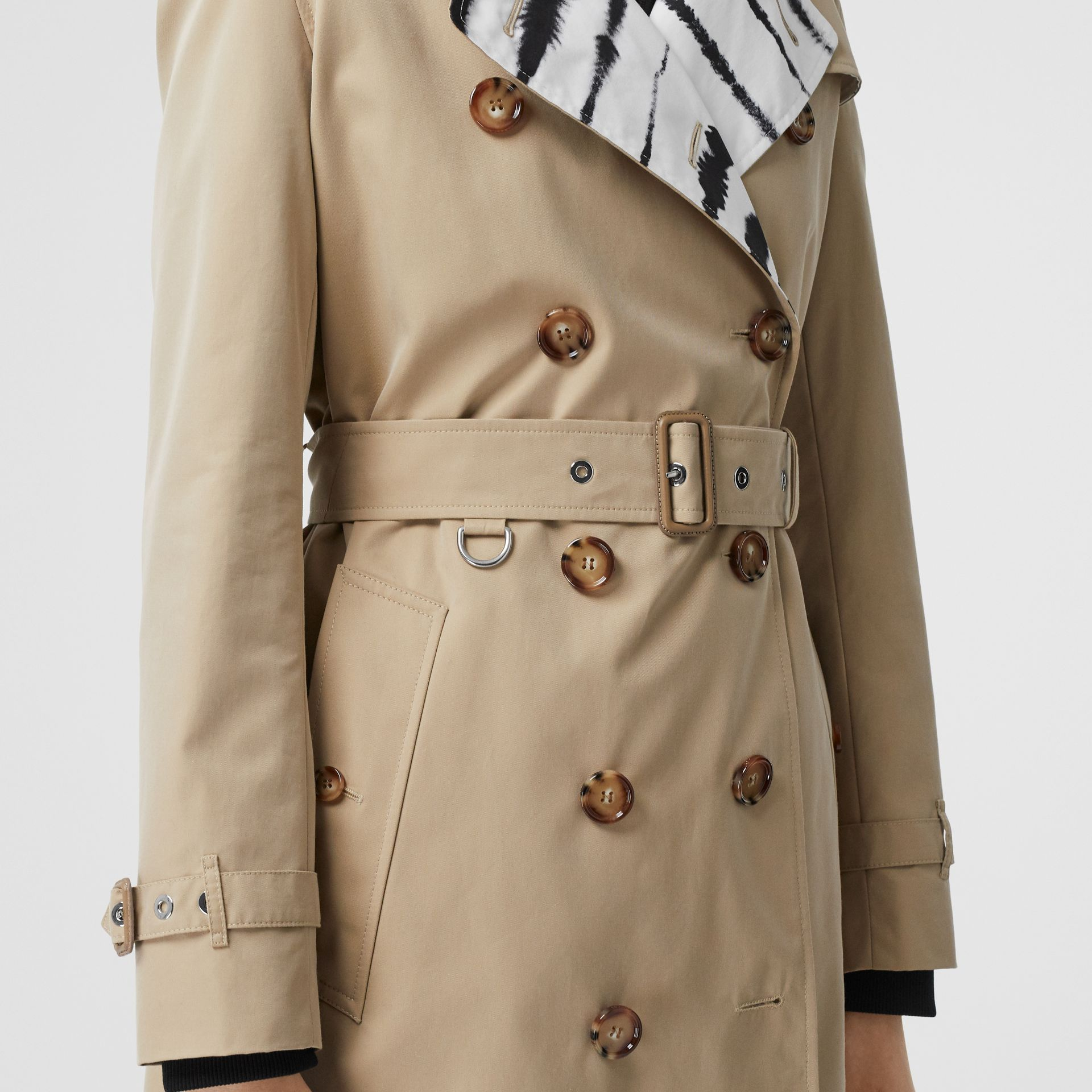 Watercolour Print-lined Cotton Gabardine Trench Coat in Honey - Women | Burberry - gallery image 5