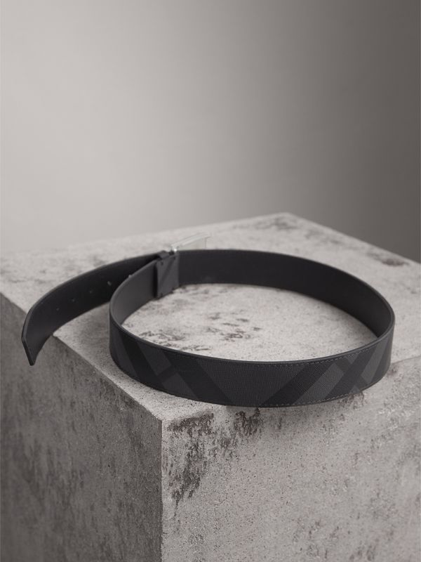 Plaque Buckle London Check  and Leather Belt in Charcoal/black - Men | Burberry - cell image 2