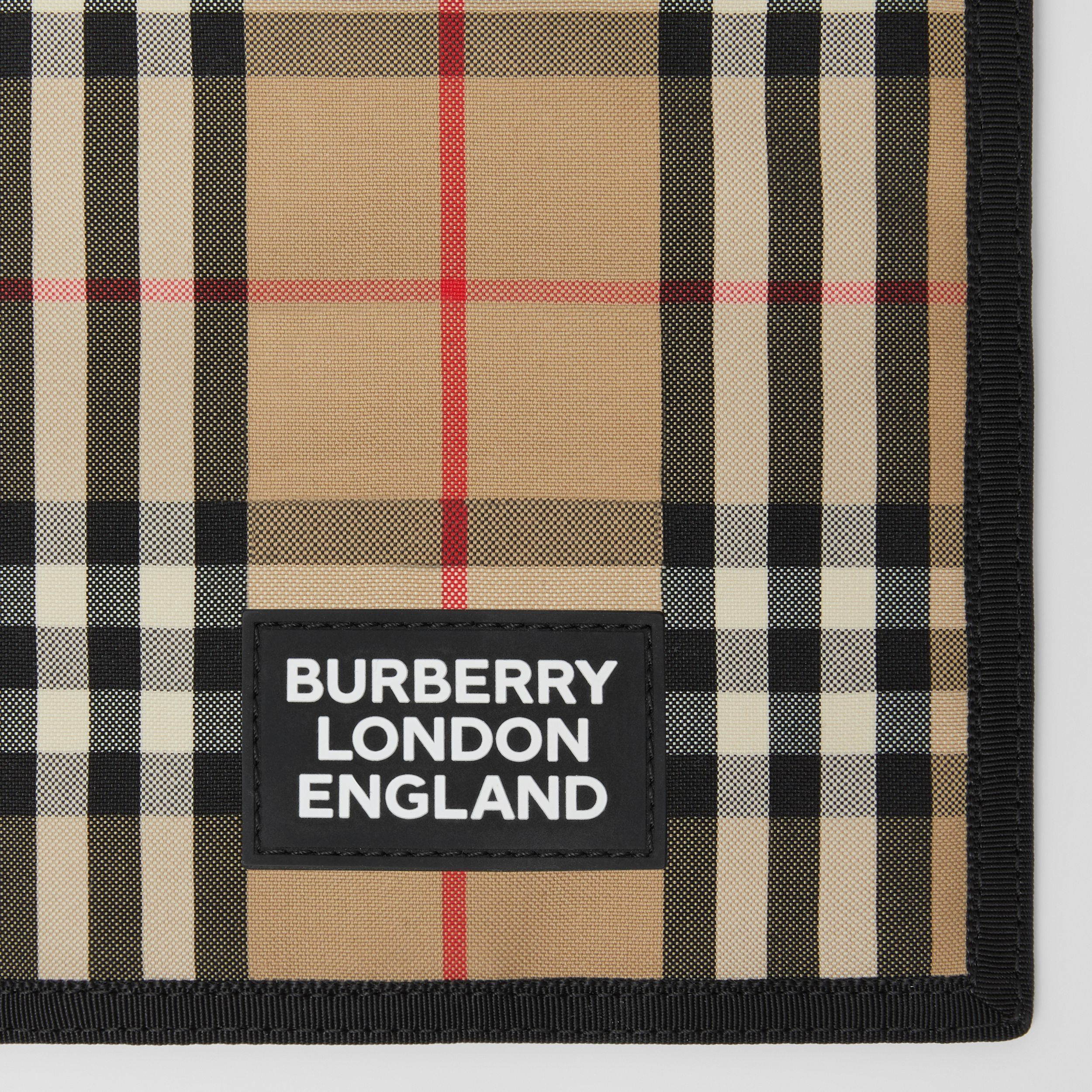 Logo Appliqué Vintage Check Phone Case Lanyard in Archive Beige | Burberry United States - 2