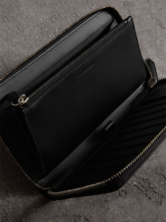 London Leather Ziparound Wallet in Black | Burberry Australia - cell image 3
