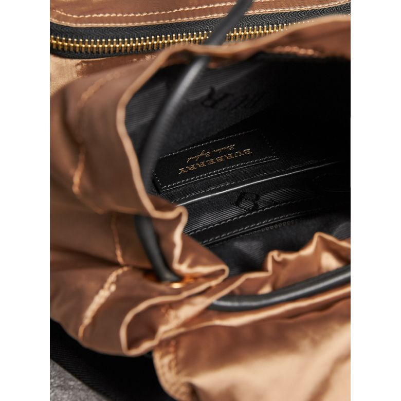 Burberry - Sac The Rucksack moyen en nylon bicolore et cuir - 5