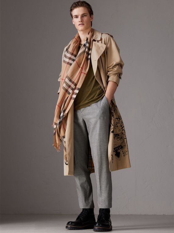 Lightweight Check Wool and Silk Scarf in Camel | Burberry - cell image 3