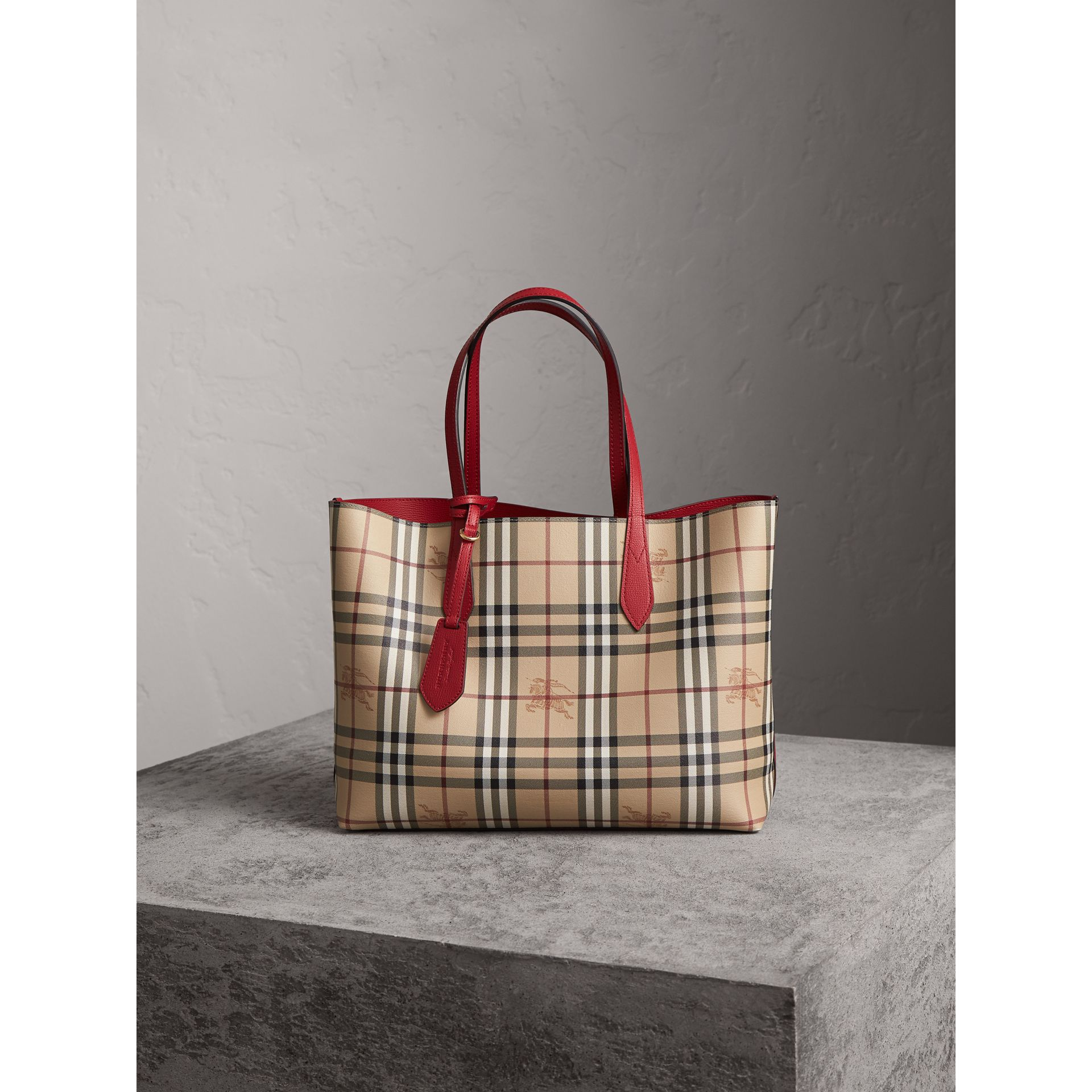 The Medium Reversible Tote in Haymarket Check and Leather in Poppy Red - Women | Burberry Canada - gallery image 6