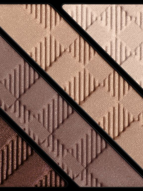 Палетка теней Complete Eye Palette, Smokey Brown № 00 (№ 00) - Для женщин | Burberry - cell image 1