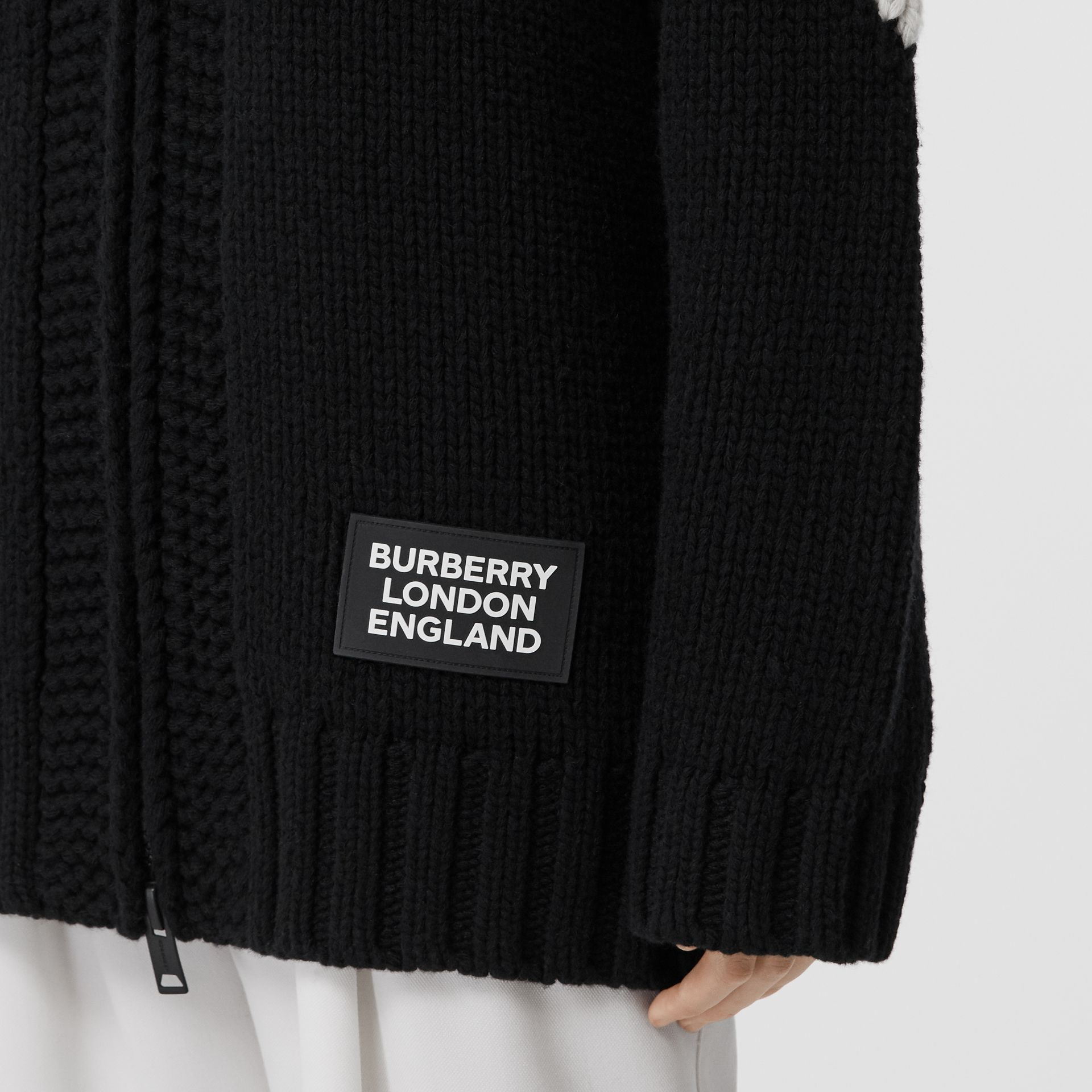 Detachable Hood Two-tone Wool Cashmere Cardigan in Black - Women | Burberry - gallery image 4