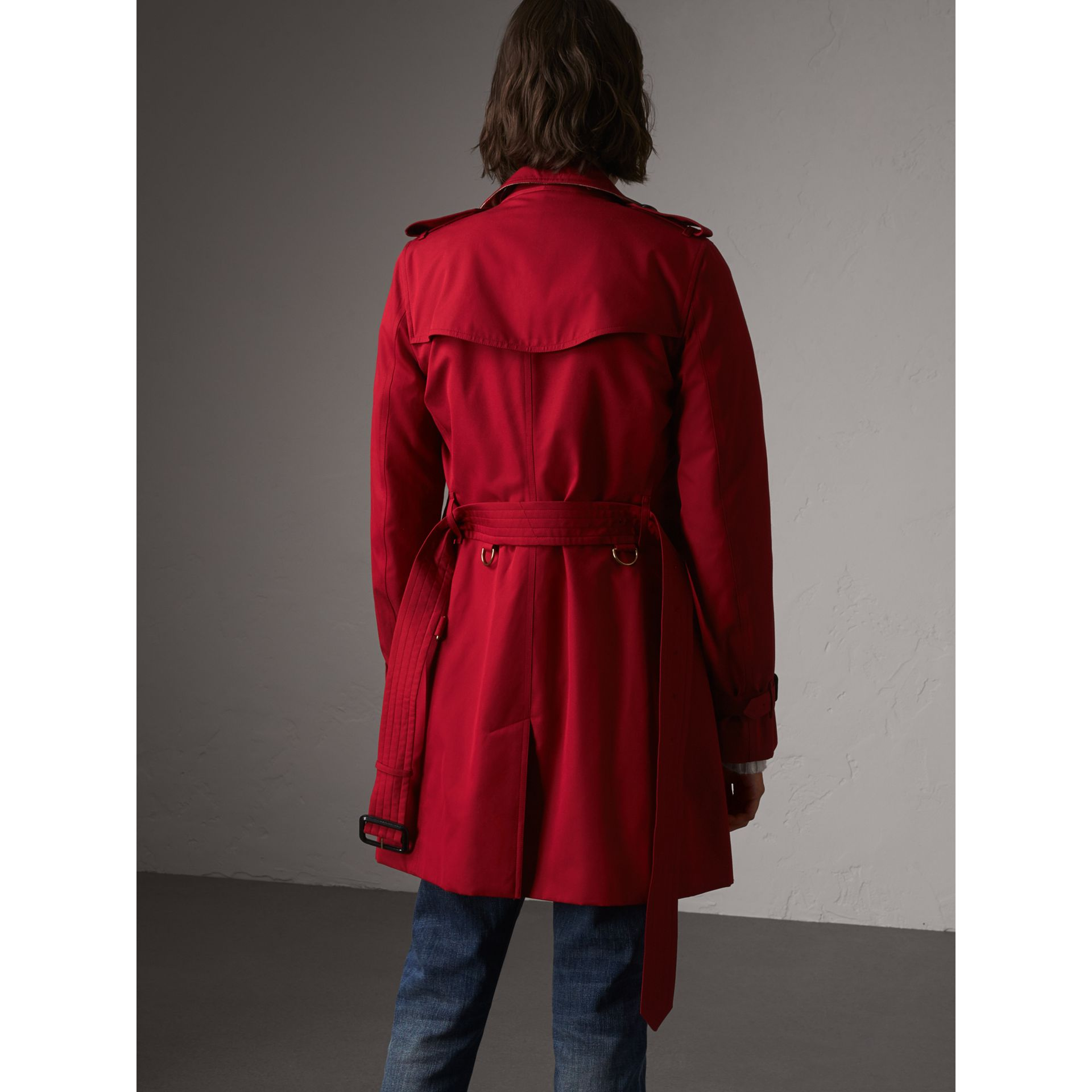 The Kensington – Mid-Length Heritage Trench Coat in Parade Red - Women | Burberry Singapore - gallery image 3