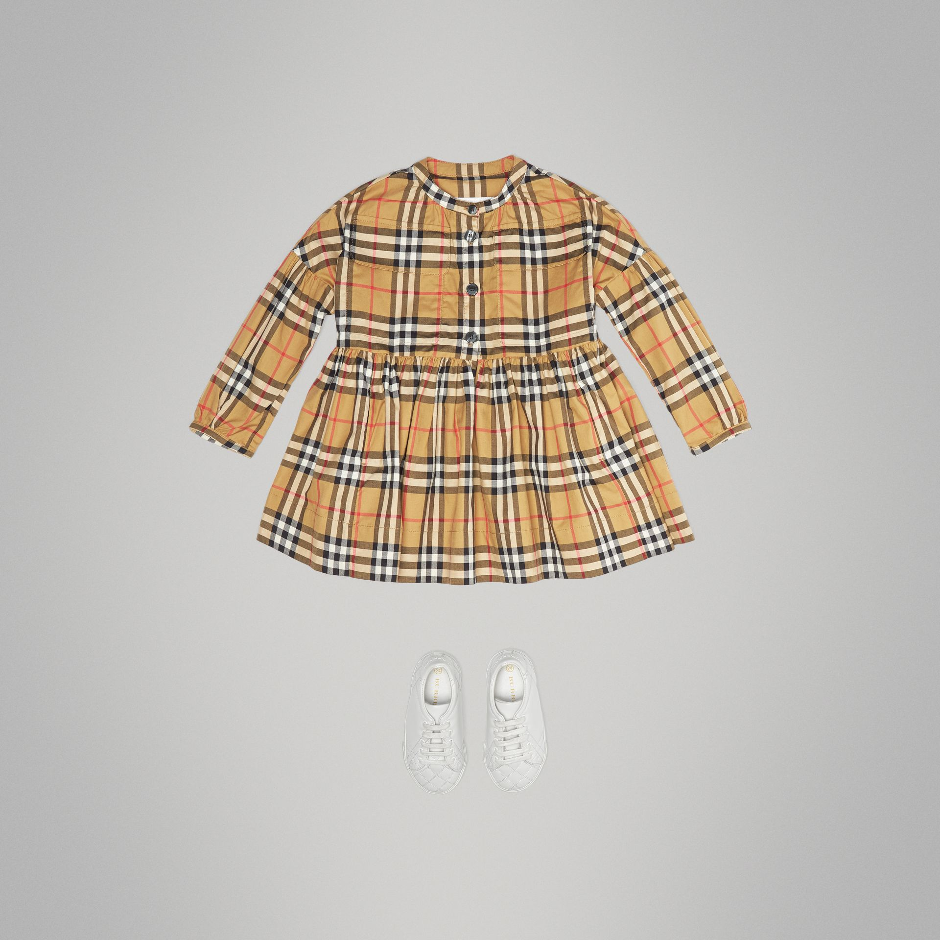 Gathered Sleeve Vintage Check Cotton Dress in Antique Yellow | Burberry Singapore - gallery image 2