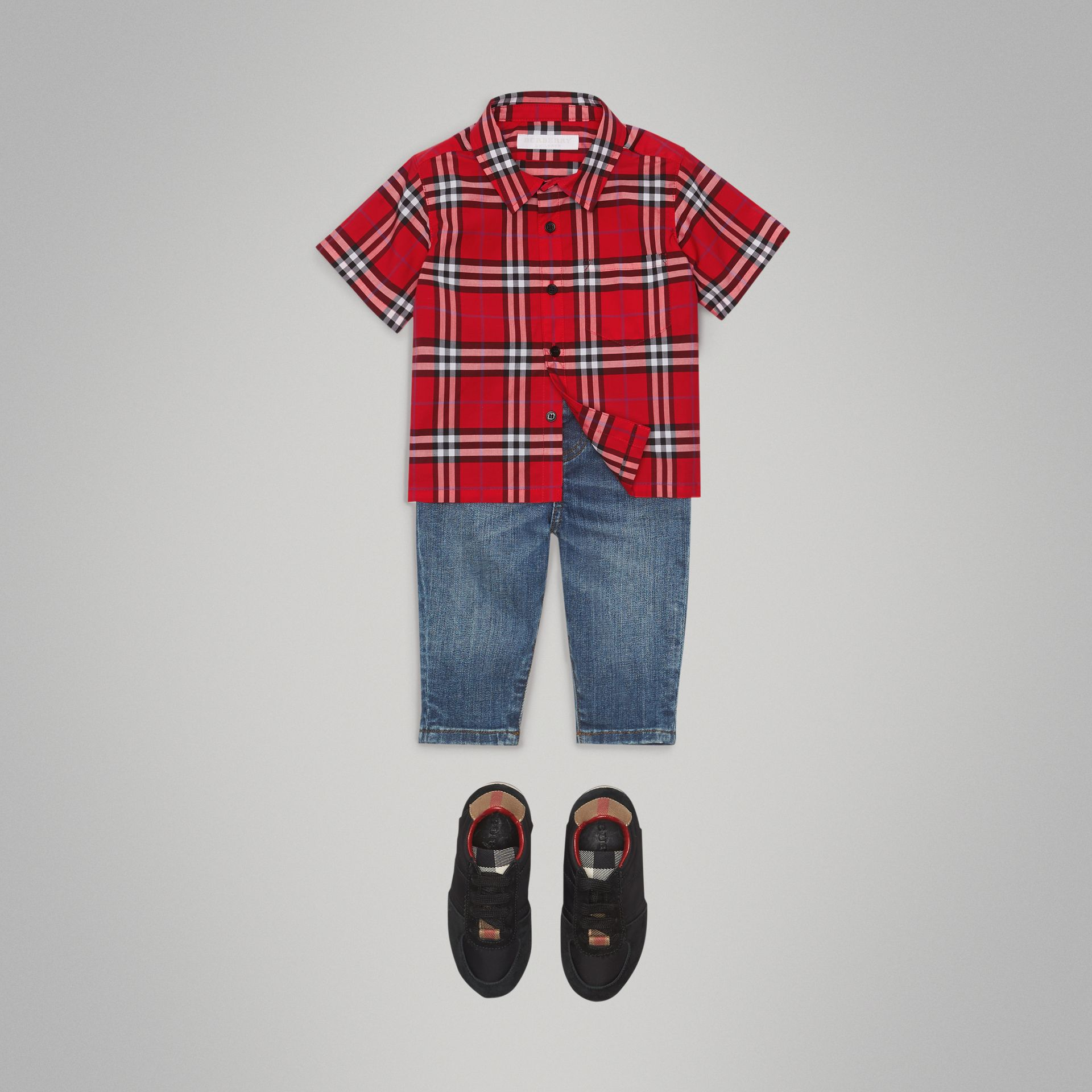 Short-sleeve Check Cotton Shirt in Bright Military Red - Children | Burberry Australia - gallery image 2
