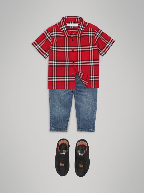 Short-sleeve Check Cotton Shirt in Bright Military Red - Children | Burberry Canada - cell image 2