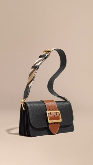 Borsa The Buckle media in pelle effetto texture