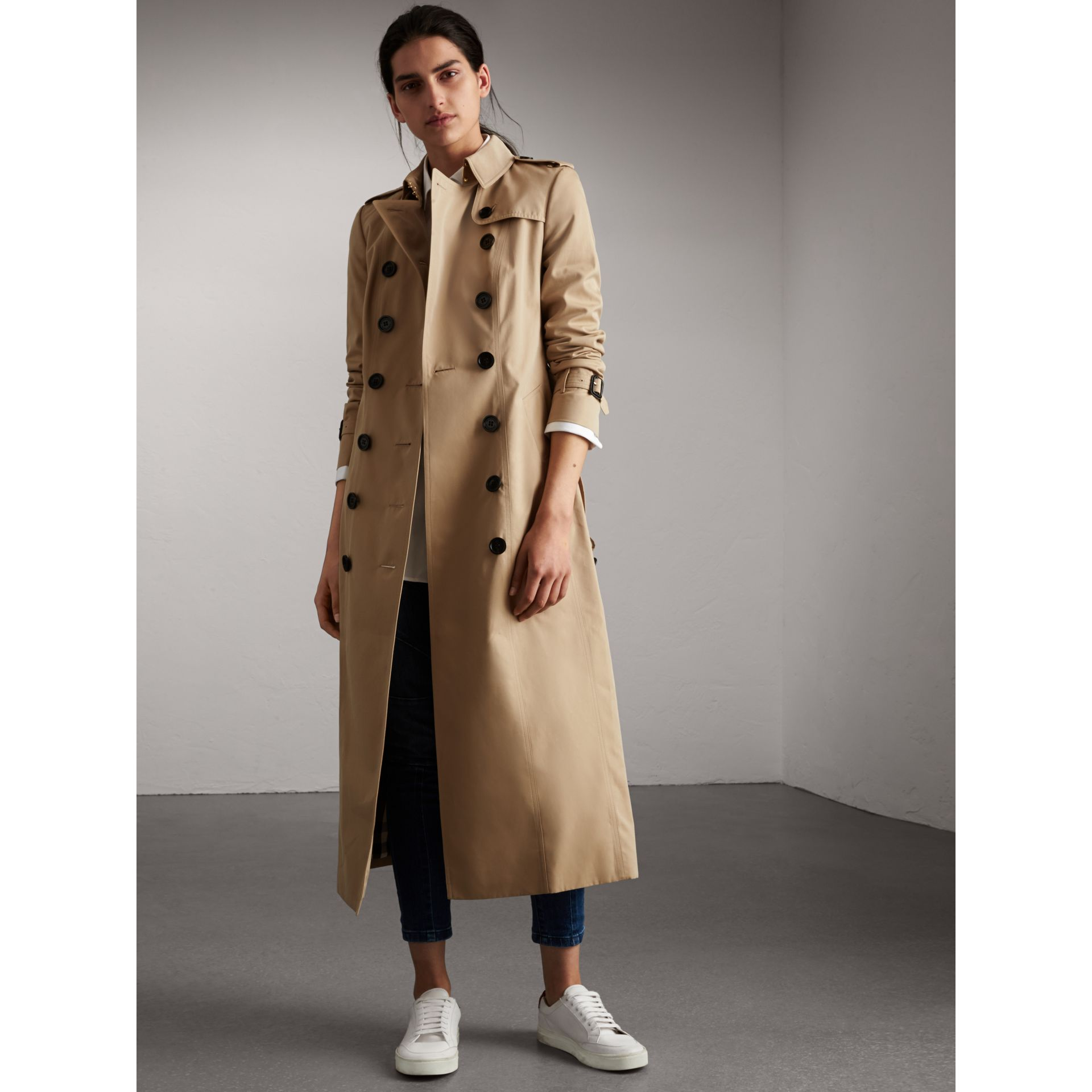 long cotton gabardine trench coat in honey women burberry united kingdom. Black Bedroom Furniture Sets. Home Design Ideas