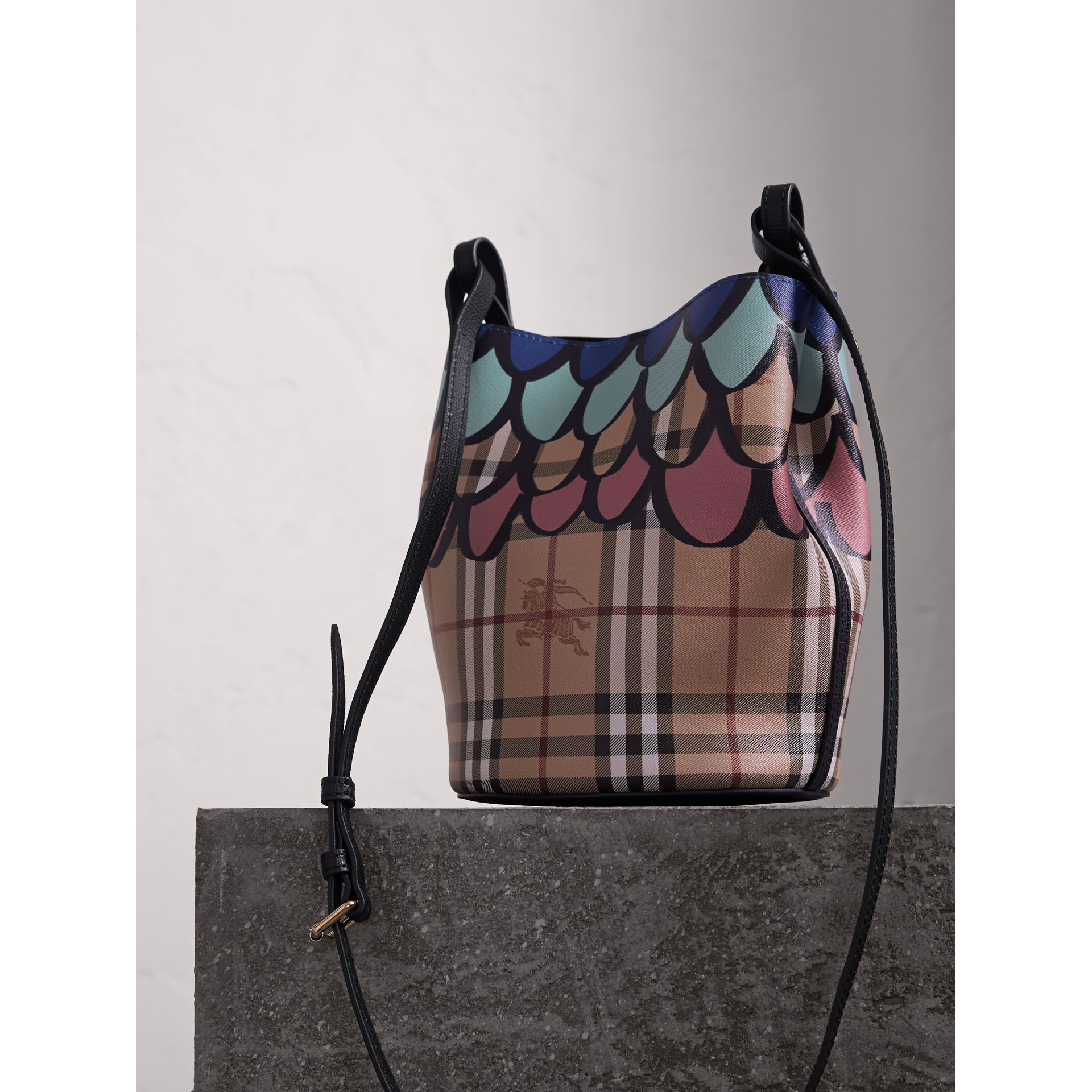 Trompe L'oeil Print Crossbody Bucket Bag in Black - Women | Burberry - gallery image 4