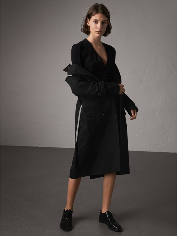 The Sandringham – Extra-long Trench Coat in Black