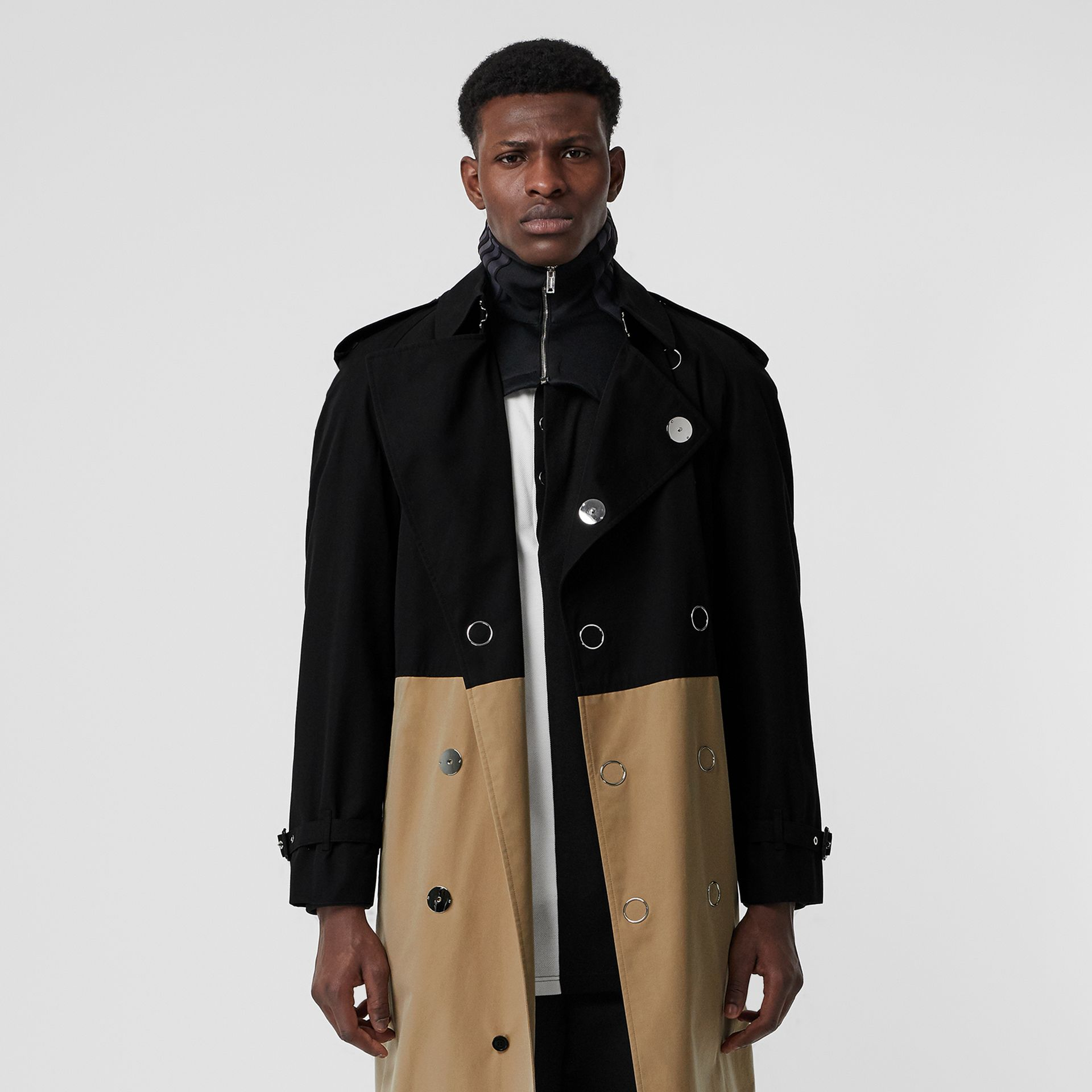 Two-tone Cotton Gabardine Trench Coat in Black | Burberry - gallery image 7