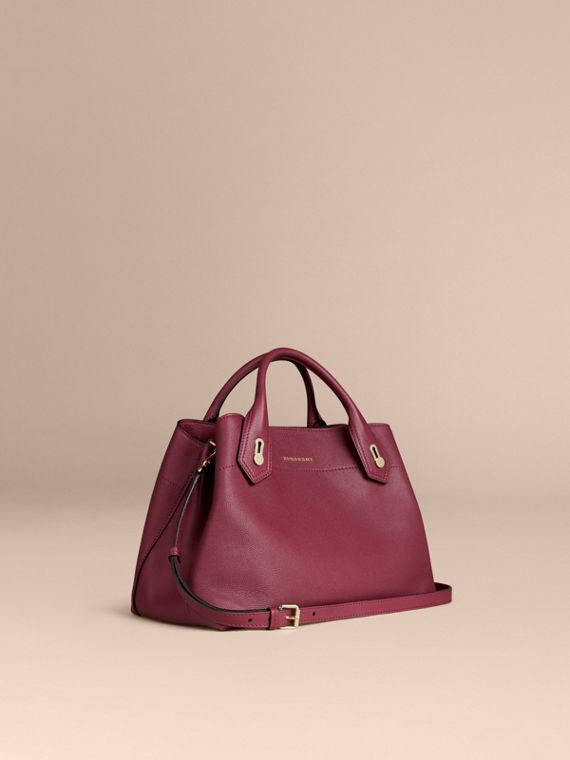 The Medium Milton in Grainy Leather Dark Plum