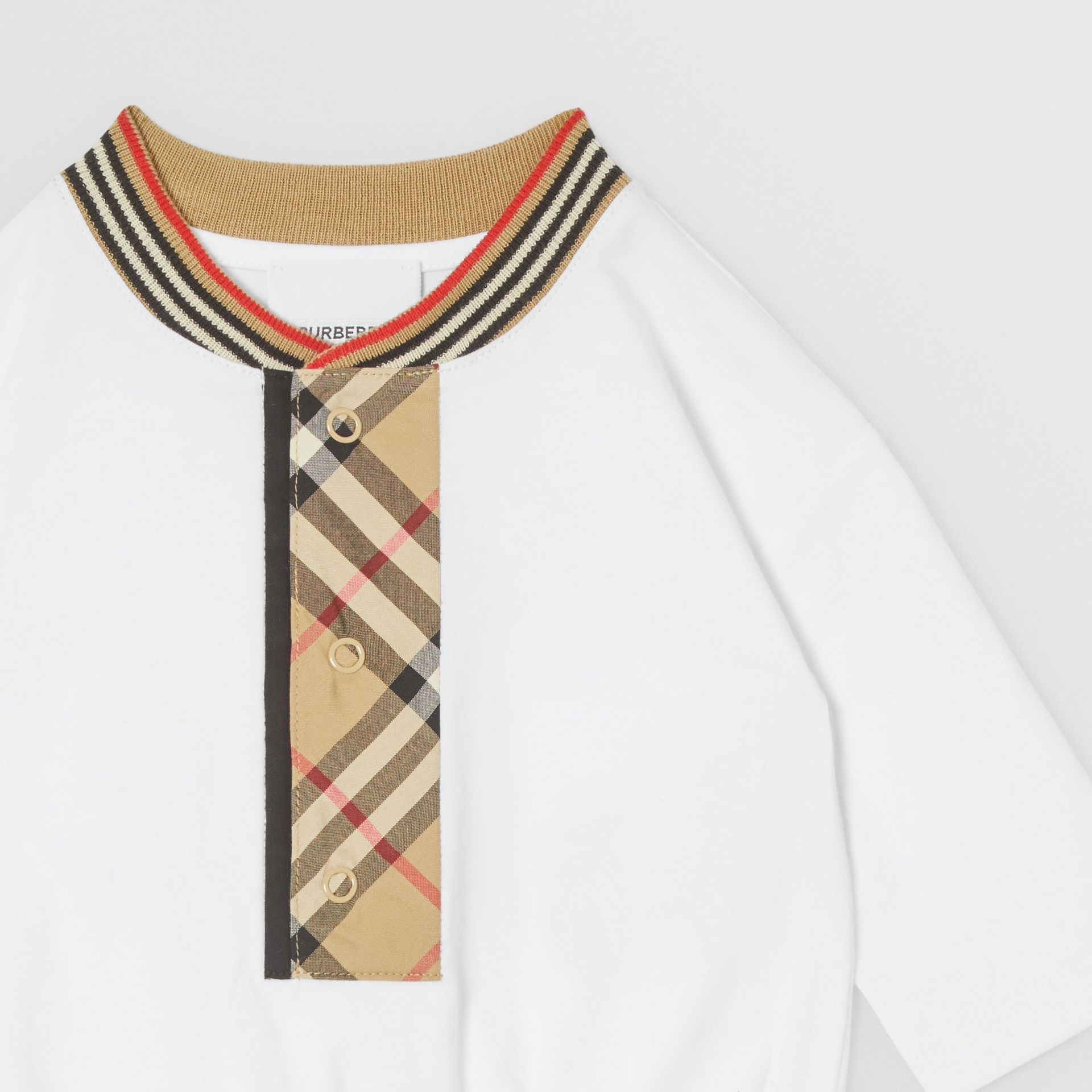 Check Trim Organic Cotton Two-piece Baby Gift Set in White - Children   Burberry United Kingdom - gallery image 6