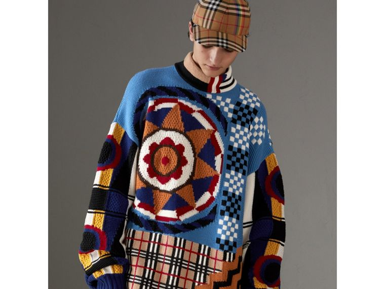Wool Cashmere Cotton Graphic Intarsia Sweater in Multicolour | Burberry - cell image 4