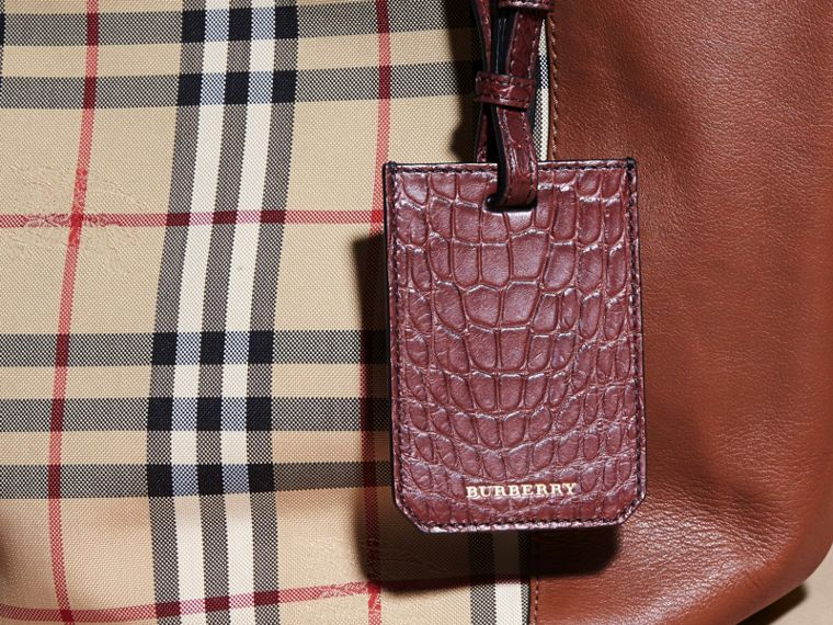Alligator Luggage Tag in Deep Claret | Burberry Singapore - cell image 4